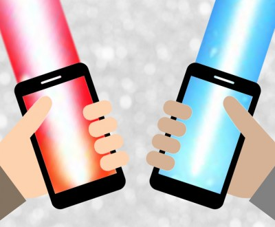 May-the-Fourth-mobile-phone-lightsabers
